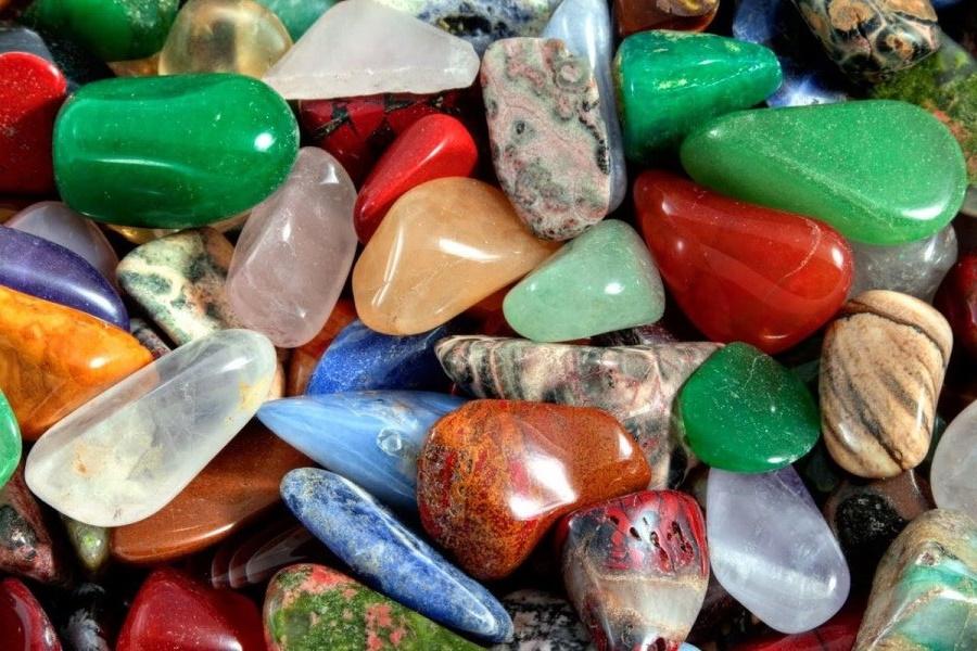 Онлайн гадание на разноцветных камнях «Ответ на вопрос»