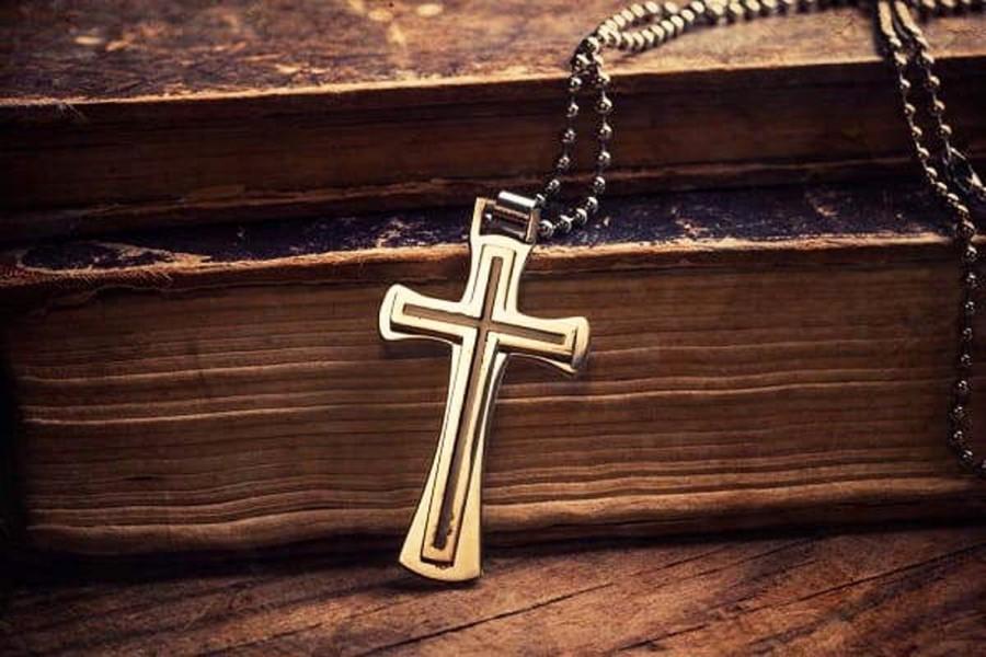 Что будет, если потерять крестик: приметы и суеверия