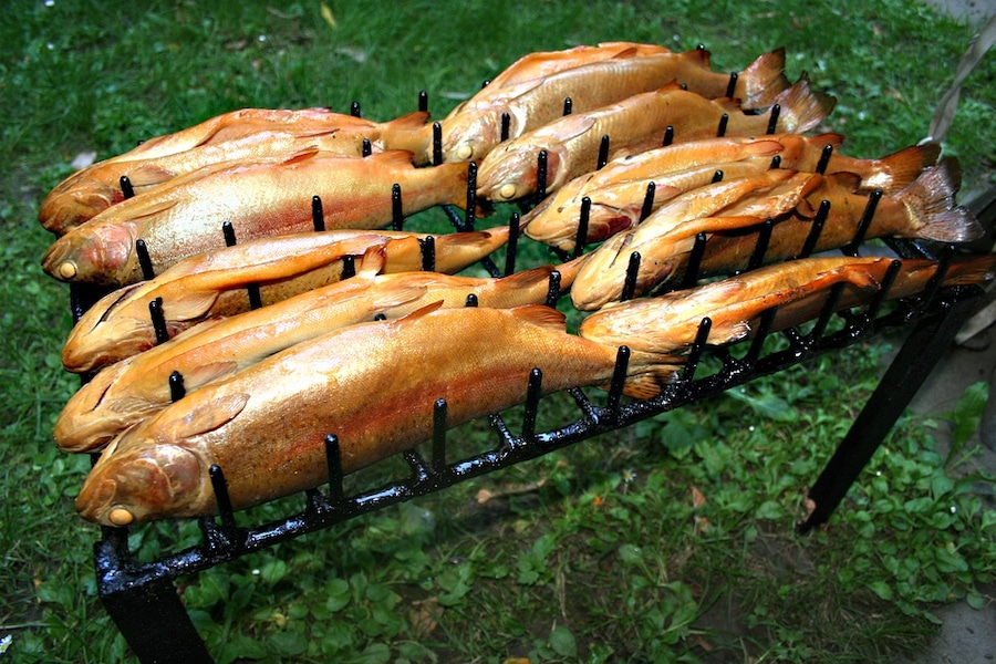 К чему снится копченая рыба: толкования популярных сонников