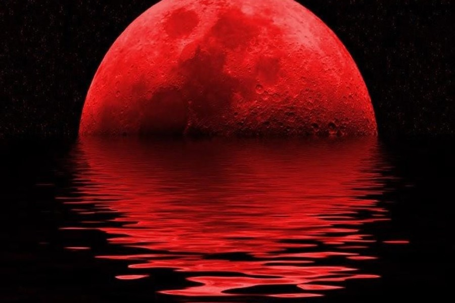 Почему Луна становится красной: приметы, обряды и суеверия